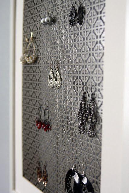jewelry holder .jpg
