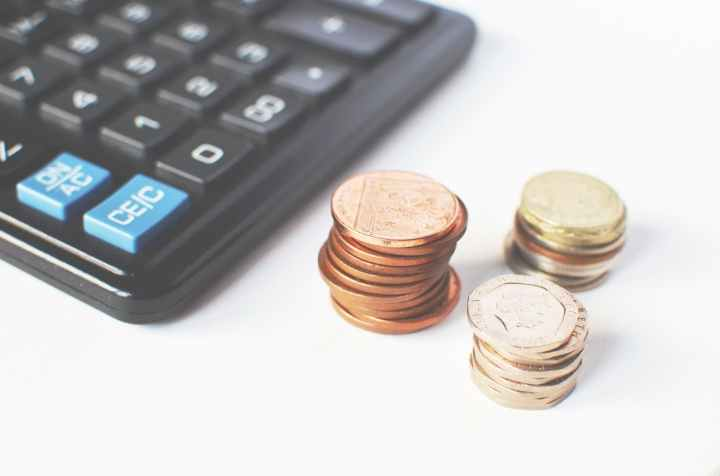 numbers money calculating calculation